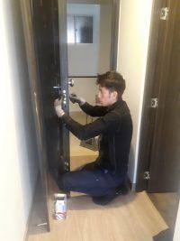 cerrajeros y puertas de seguridad